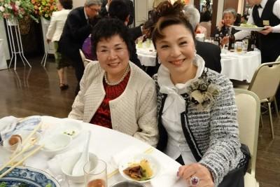 婦女會 慶祝國際婦女節2014(僑務委員賴玉珍(左)、僑務委員謝美香(右))