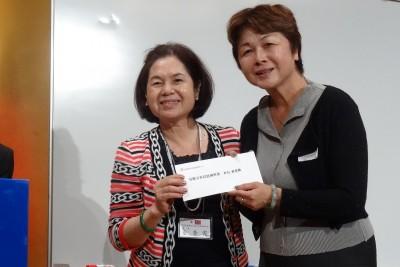 理監事(大阪中華總會慶祝103年雙十國慶_婦女會俞會長提供抽獎機票)